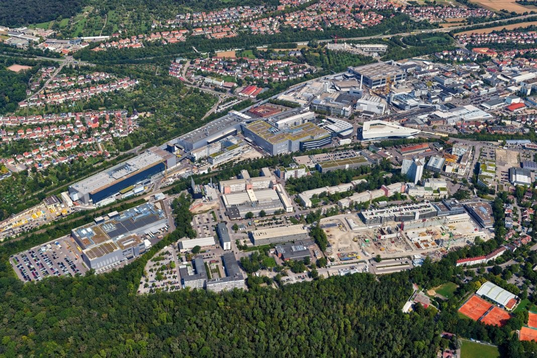 Stuttgart-Zuffenhausen is the cradle of sports car construction. And with the production of the Taycan, Porsche is now writing the chapter Future at the traditional location.