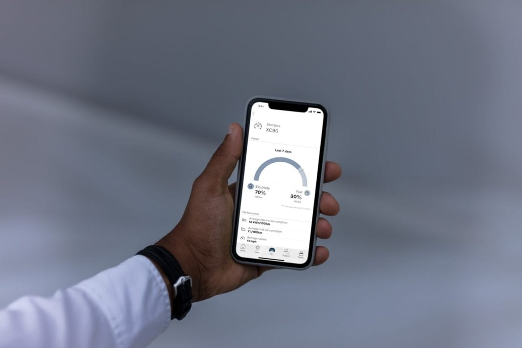 269860 Volvo On Call Smartphone App Now Gives Plug In Drivers Insight Into