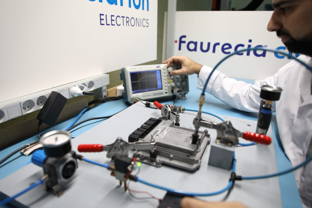2020 Renault Group And Faurecia Partnership To Extend The Service Life Of Electronic Parts