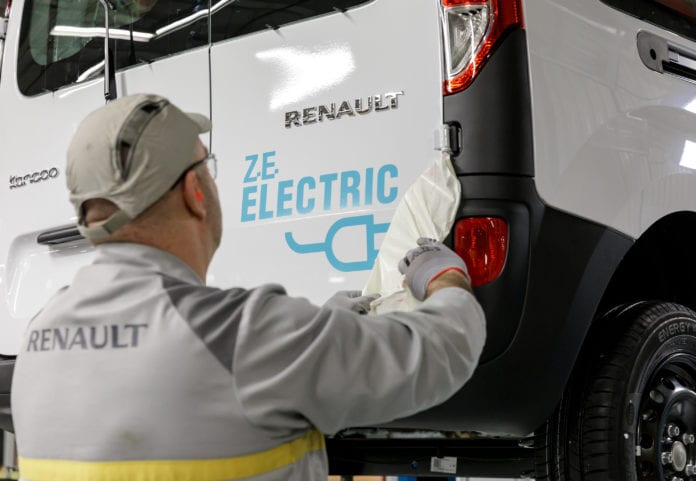 Renault Group Secures Lithium Supply With Partners Vulcan Energy in Five Year Deal - Auto Futures