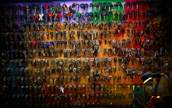 Is your Smart Key Fob Hackable? Facts and Fallacies